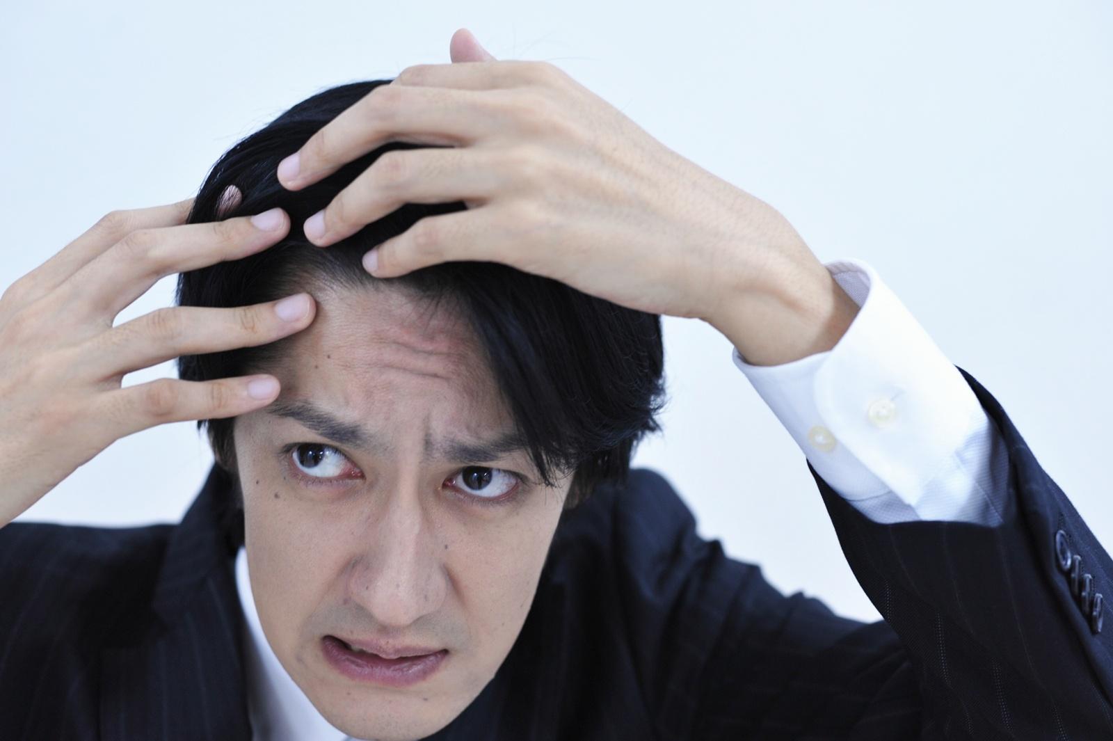 AGAヘアクリニック(ヘアクリ)で薄毛・抜け毛治療 料金設定が明確! スマホのテレビ電話で無料診察が可能!