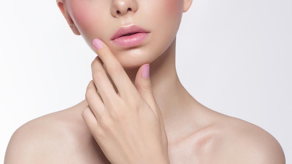 ベル美容外科クリニックでアンチエイジング 「金の糸美容術」で国内トップクラスの7,000件以上の症例有り!